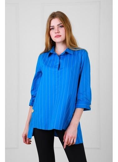 JEANNE D'ARC Çizgili Pamuk Kumaş Çıtçıt Detaylı Kısa Kol Bluz  Mavi
